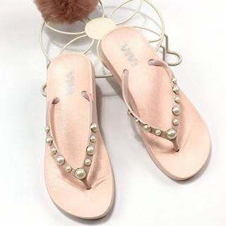 Tkk ขายส่ง ขายปลีก รองเท้าแฟชั่น ราคาถูก