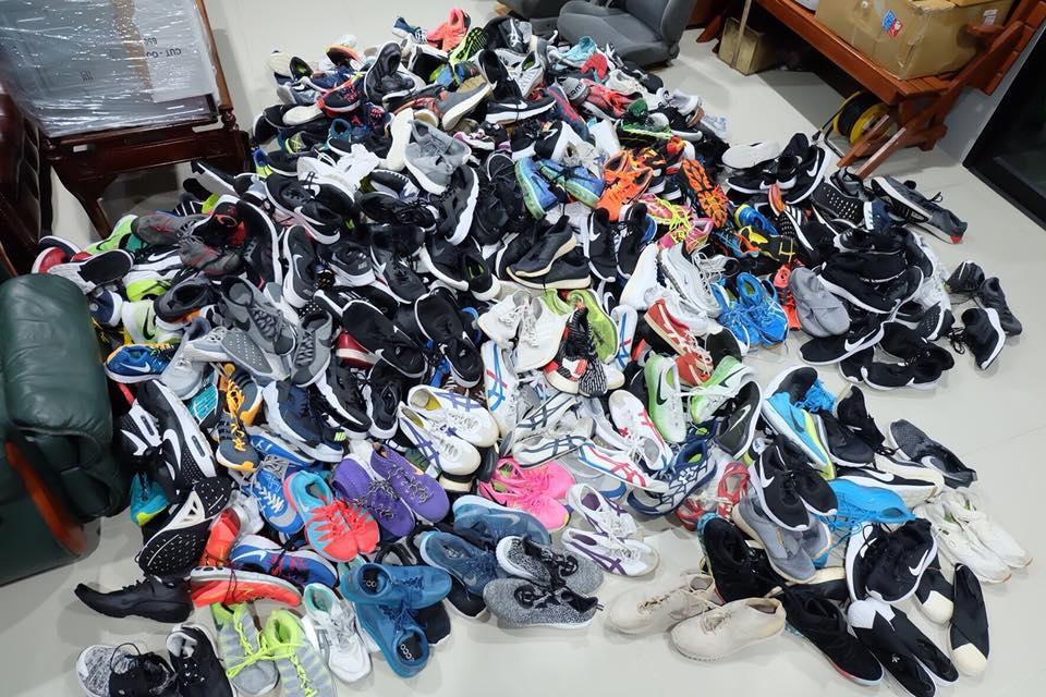 ขายส่งรองเท้ามือสองของแท้ราคาถูก ประชาอุทิศ พระราม2 Whatshoeswant